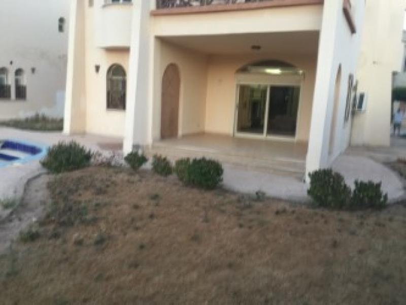 4 Bedroom Villa with Swimming Pool on Beach Resort