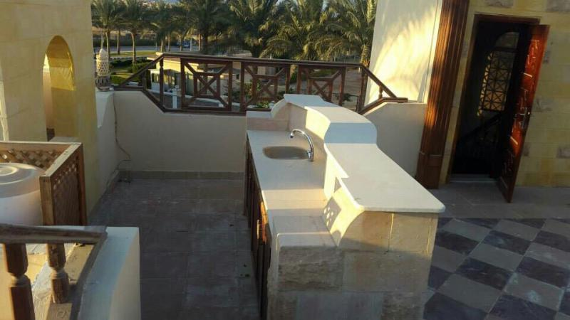 3 Bed Villa with Private Pool & Beach Access - Price Short term rent per day