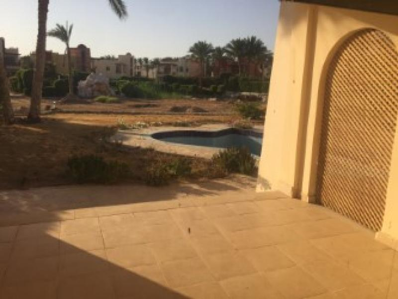 4 Bedroom Villa with Swimming Pool on Beach Resort