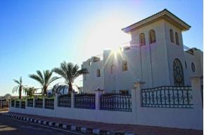 7 bedroom Luxury Villa with Swimming Pool